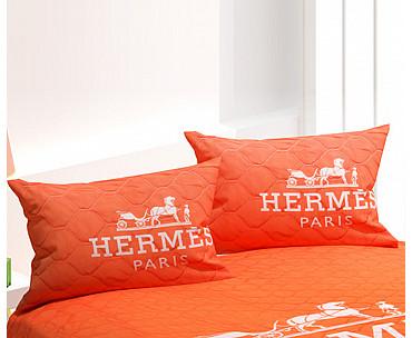 Armodi Çift Kişilik Yatak Örtüsü Hermes Paris Red